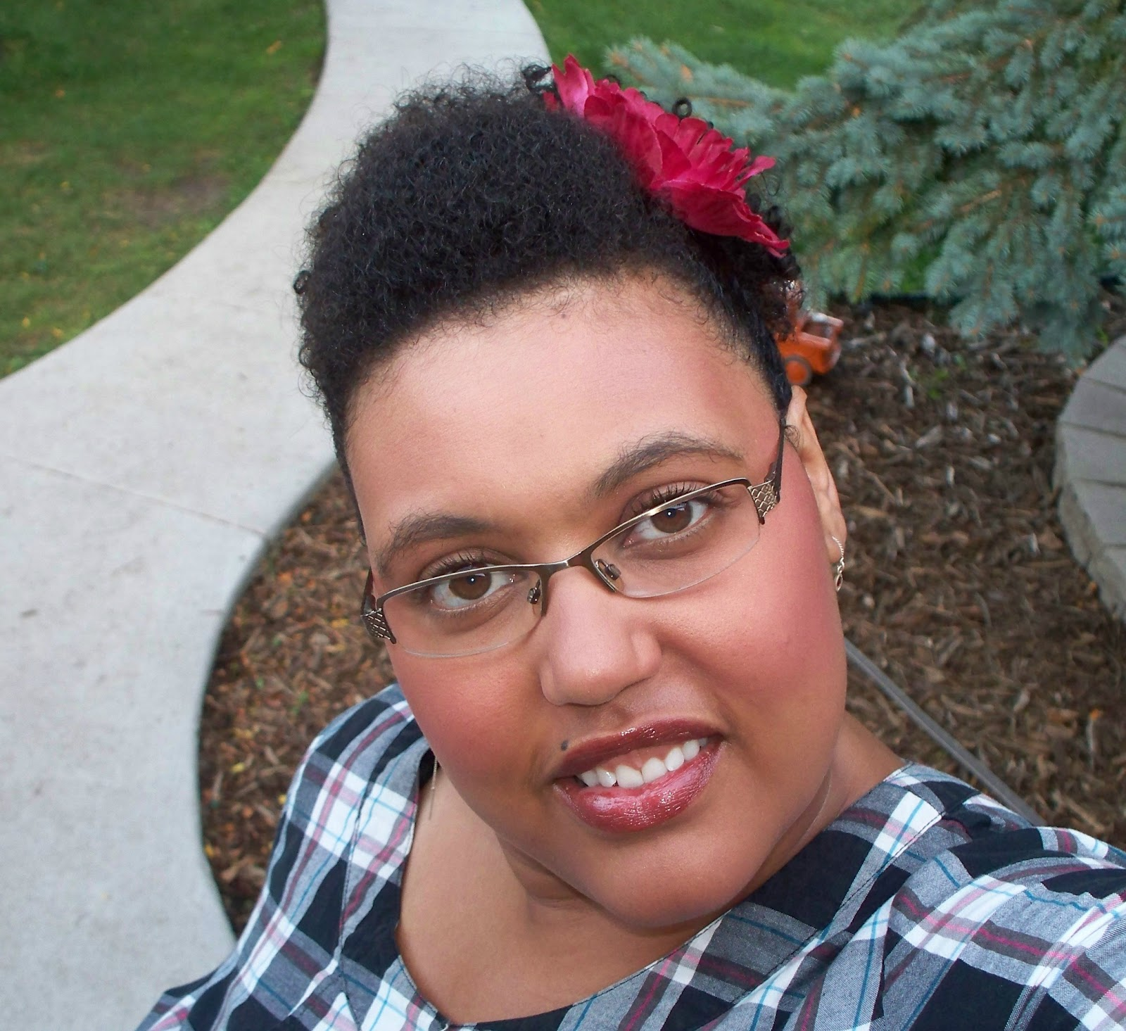 Jen Going Natural: First high puff and pompadour...Blues look