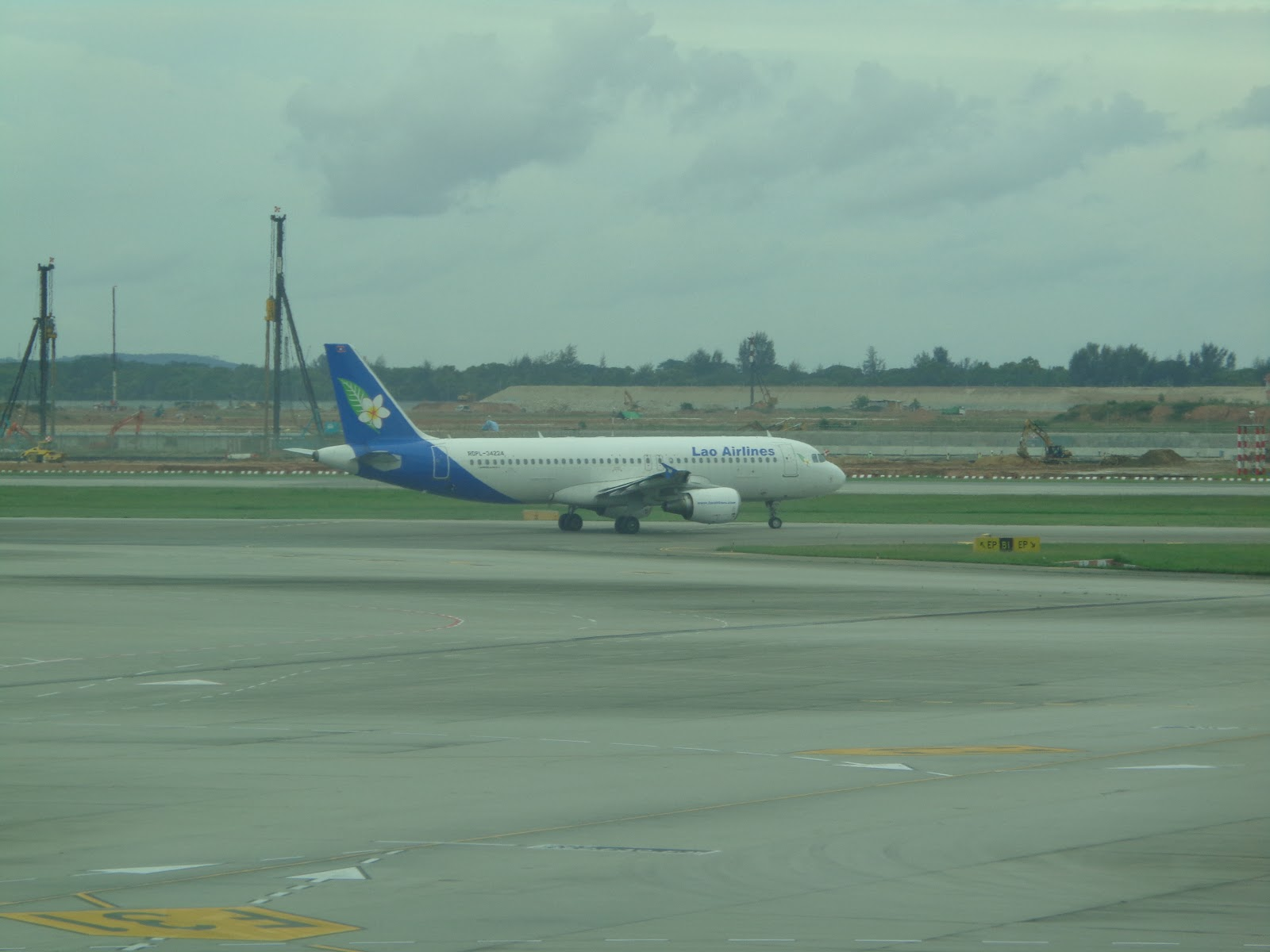 Sayacinta - Airpost: Lao Airlines ends code-sharing arrangement with