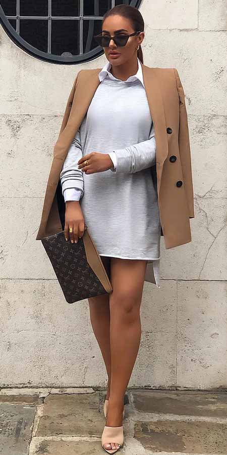 Long sleeve sweater dress, shawl lapel blazer | Casual blazer outfits are arguably the best work outfits. Find the best work blazer with these 25 womens blazer outfit ideas. Best blazer styles and blazer fashion via higiggle.com #blazer #workoutfits #fashion #style