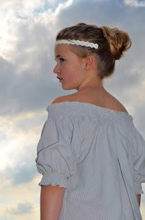 off shoulder dress, DIY fashion, Eulala c'est chic, upcycling, smocken