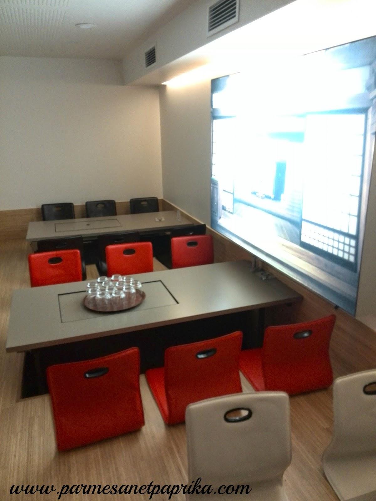 atsu atsu le restaurant de l 39 autre cuisine japonaise parmesan et paprika. Black Bedroom Furniture Sets. Home Design Ideas