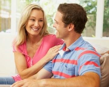 6 Hal Yang Akan Terjadi Saat Seorang Pria Menemukan Wanita yang Tepat