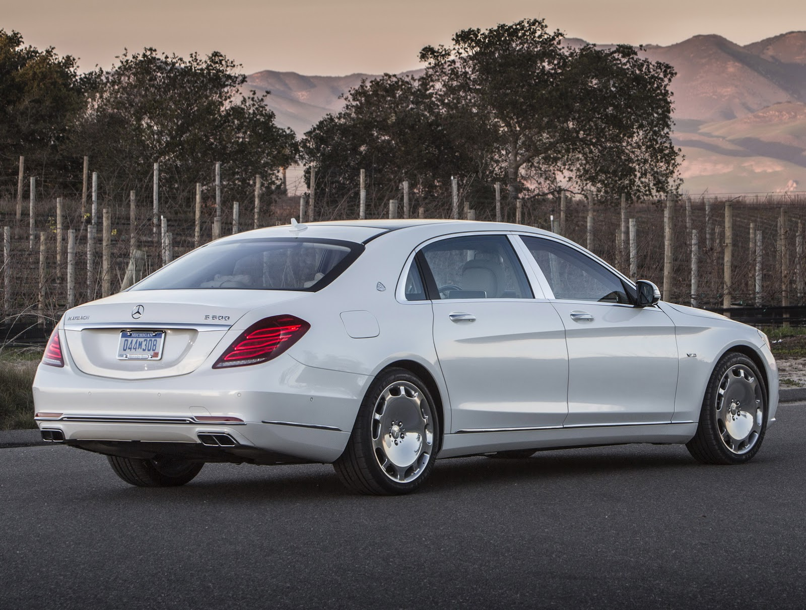Mercedes Maybach Get To Know The 2016 Mercedes Maybach S600 In 57 New