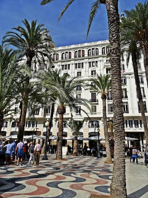 jaka pogoda w październiku w Hiszpanii? Costa Blanca, Alicante