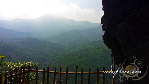 Scenic view along the trail going up Mt. Sipit Ulang rock formation