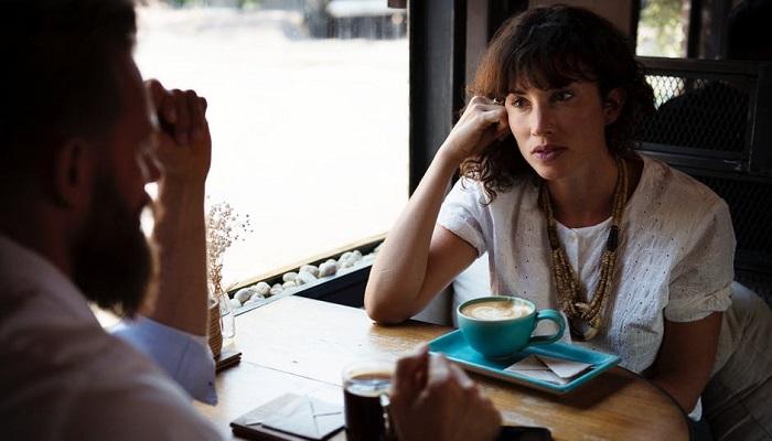7 Kalimat Mematikan Cewek yang Menguji Kesabaran Cowok