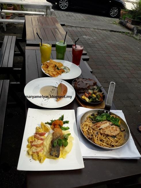 DAY 21: 31 days challenge by jdt blogger - Makanan Kegemaran Selain Masakan Melayu
