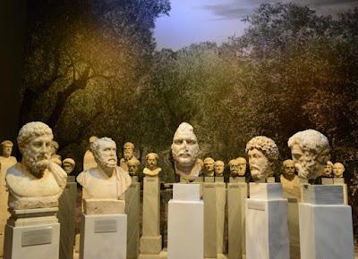 Οι πρώτες φωτογραφίες από την έκθεση για τον φιλέλληνα αυτοκράτορα Αδριανό στο Εθνικό Αρχαιολογικό Μουσείο