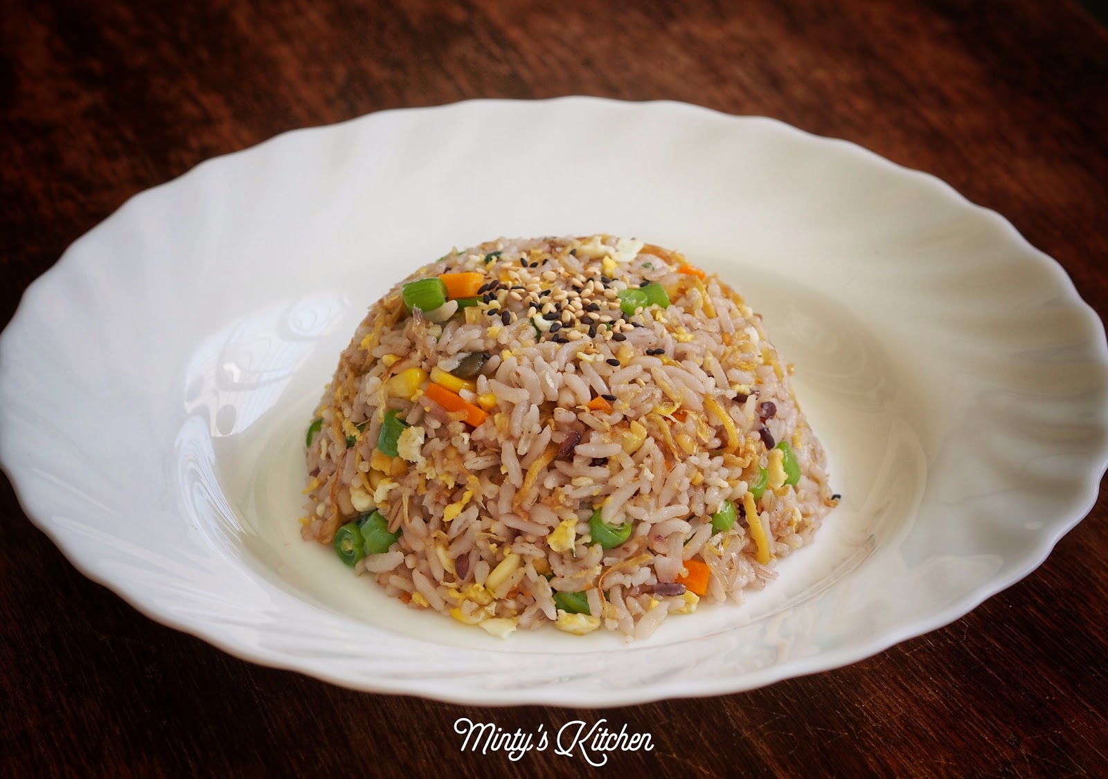 Minty's Kitchen: Ginger Fried Five-Grain Rice