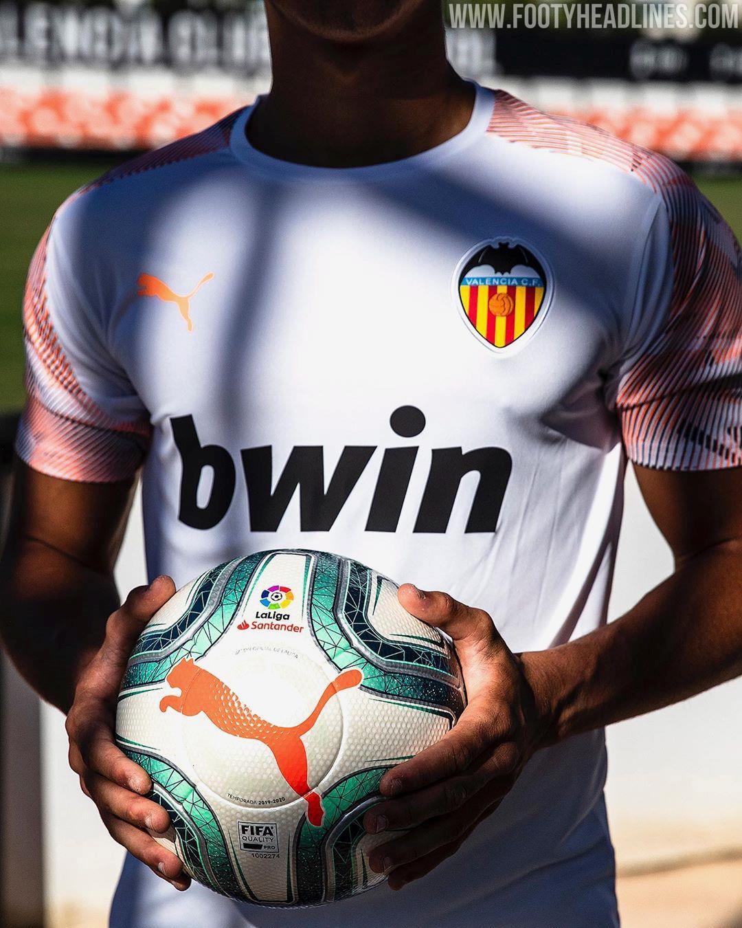 Valencia Trainer