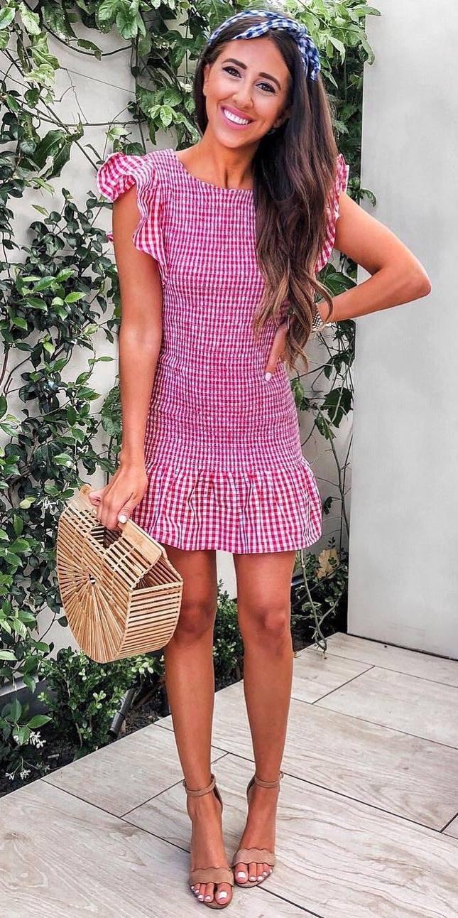 what to wear this season : plaid dress + bag + nude heels