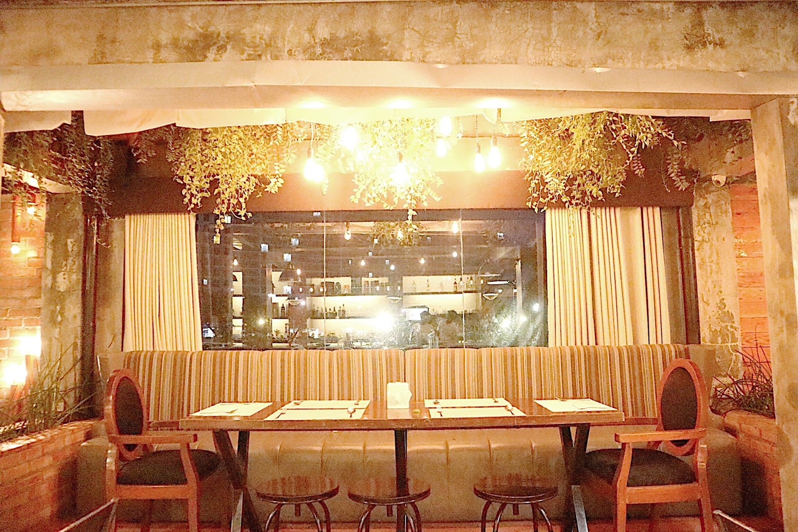 The lake district restaurant and lounge tagaytay