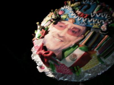 Pastel de cumpleaños de Bono en Mexico