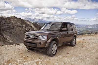 off road camping the 10 most off road capable trucks and suvs. Black Bedroom Furniture Sets. Home Design Ideas
