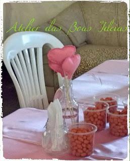 decoração sustentável-garrafas e potes de vidro