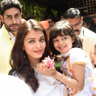 Aishwarya Rai with Daughter Aradhya