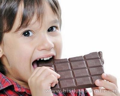 Makanan dan Minuman yang Dapat Merusak Gigi Dengan Cepat