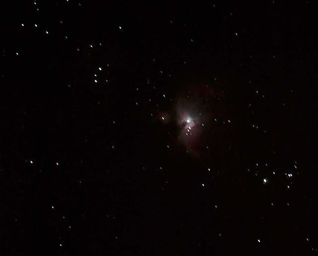 Orion Nebula in 45 second DSLR image during Nightfall at Palm Canyon Resort (Source: Palmia Observatory)