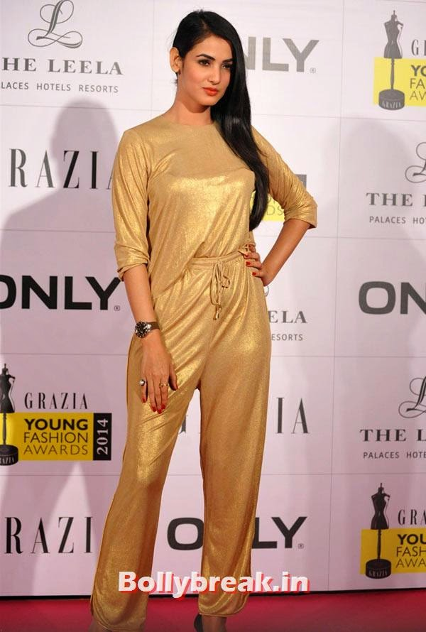 Sonal Chauhan, Grazia Young fashion Awards Pics