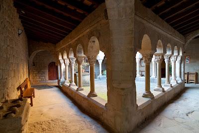 Monestir Romànic de Santa Maria de Lluçà