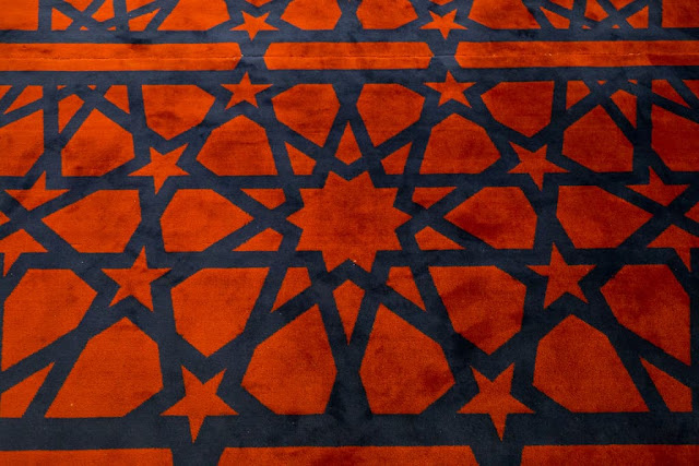 Detalle alfombra del interior de la Mezquita