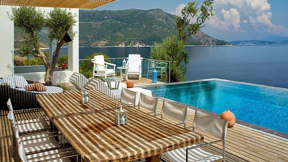 les 10 plus belles maisons avec piscine au bord de la mer le blog d co top. Black Bedroom Furniture Sets. Home Design Ideas