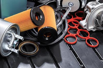 Membersihkan filter motor dan mobil