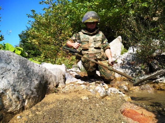 Ένα απέραντο ναρκοπέδιο η Ελλάδα – Δεκάδες εκρηκτικοί μηχανισμοί εξουδετερώθηκαν από το ΤΕΝΞ (ΕΙΚΟΝΕΣ)