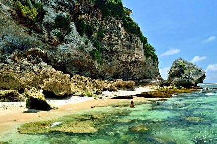 Green Bowl Bali cliff