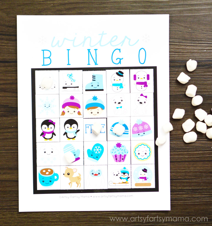 Free Printable Winter Bingo at artsyfartsymama.com