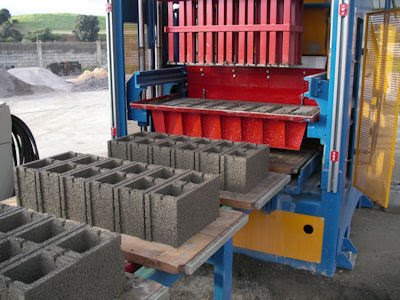 Hollow Block Making Machine 1