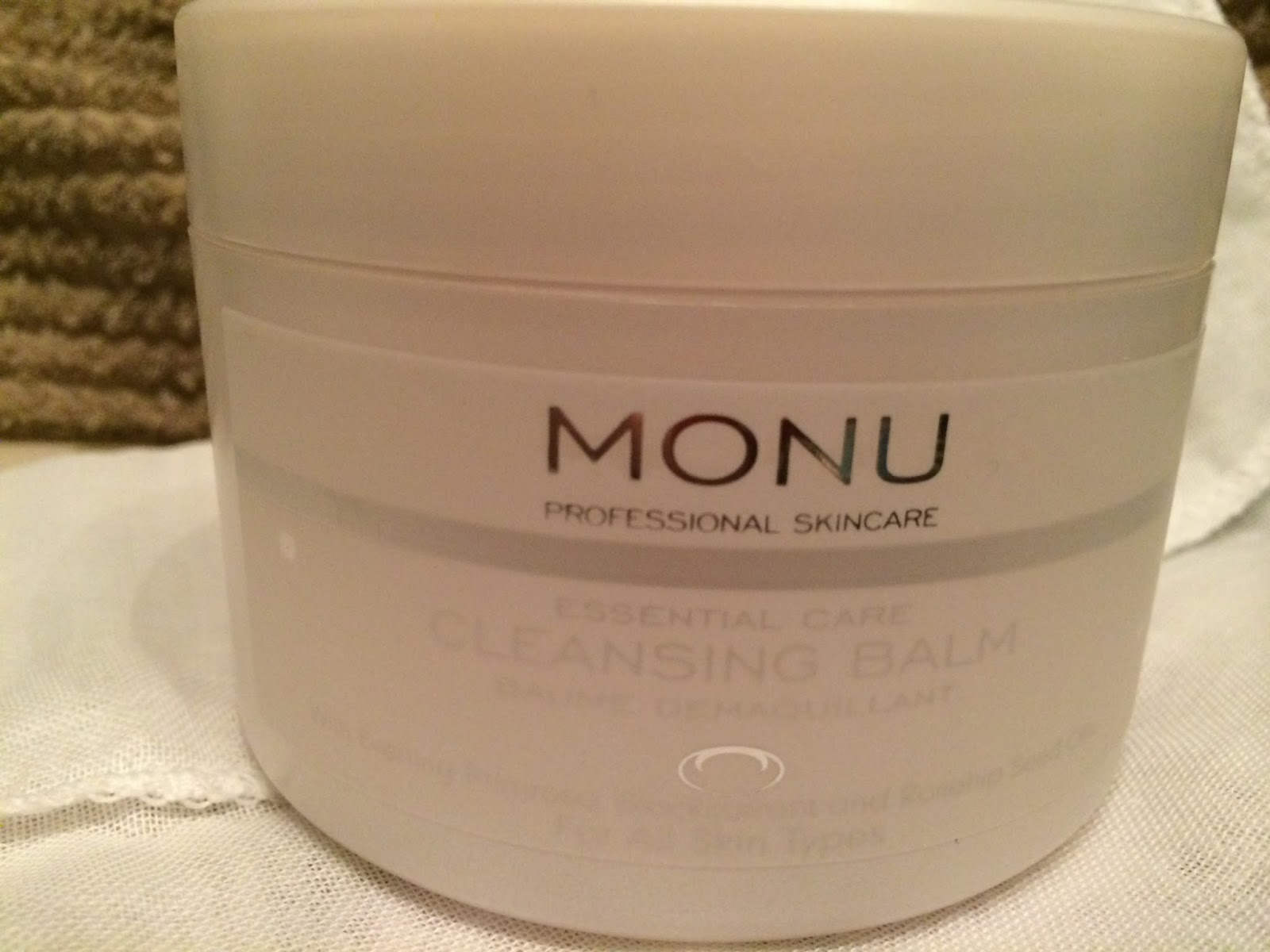 Monu Cleansing Balm