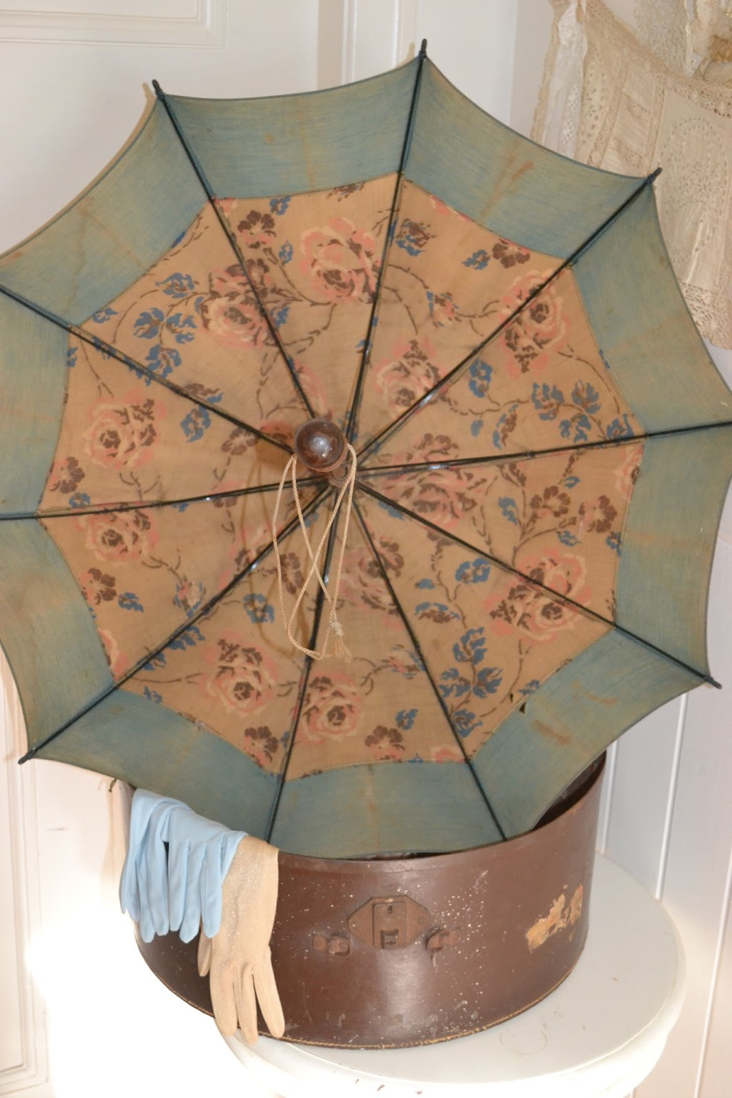 French Blue and Peachy Pink: Victorian Parasol