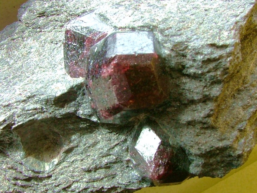 Prospecting For Garnet In Wyoming Wyoming Garnets
