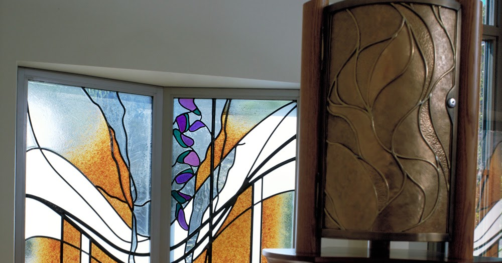 SENI kaca grafir surabaya Fungsi Kaca Dekoratif Untuk