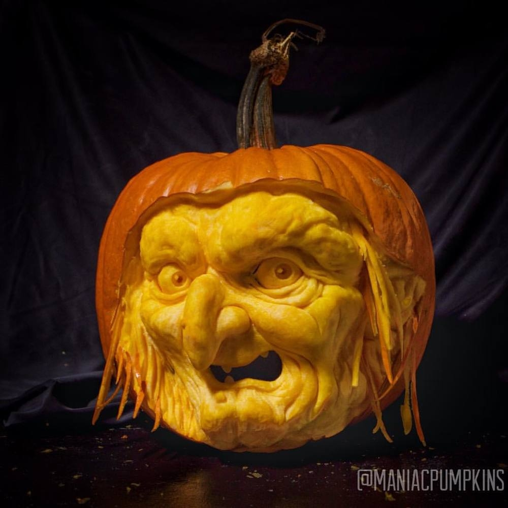 16-Witch-Maniac-Pumpkin-Carvers-Introduce-Halloween-www-designstack-co