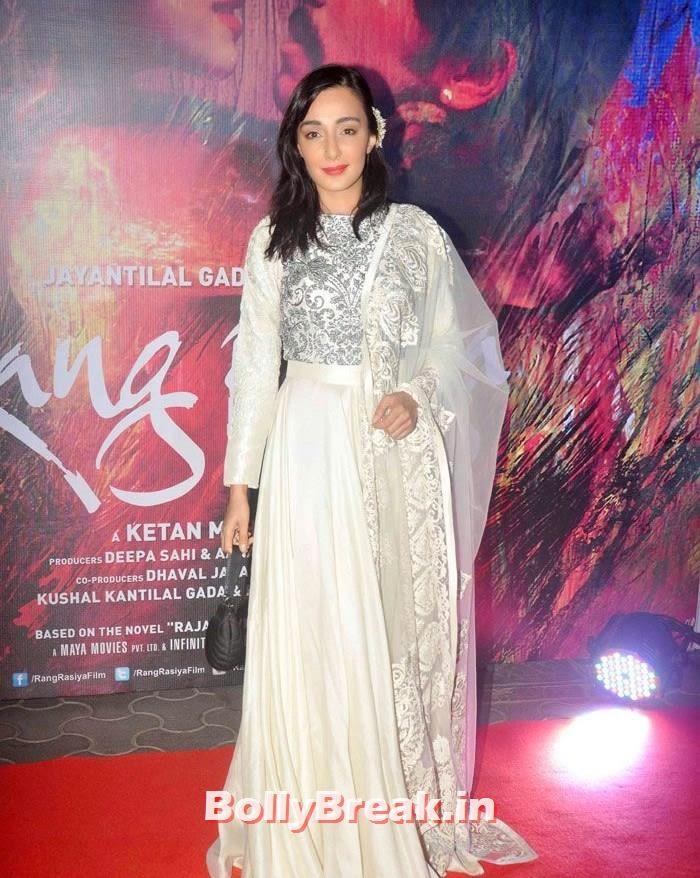 Feryna Wazheir, Photos from 'Rang Rasiya' Premier