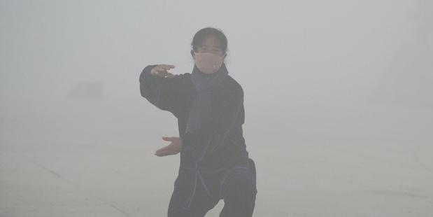 Heavy smog chokes a third of China's cities