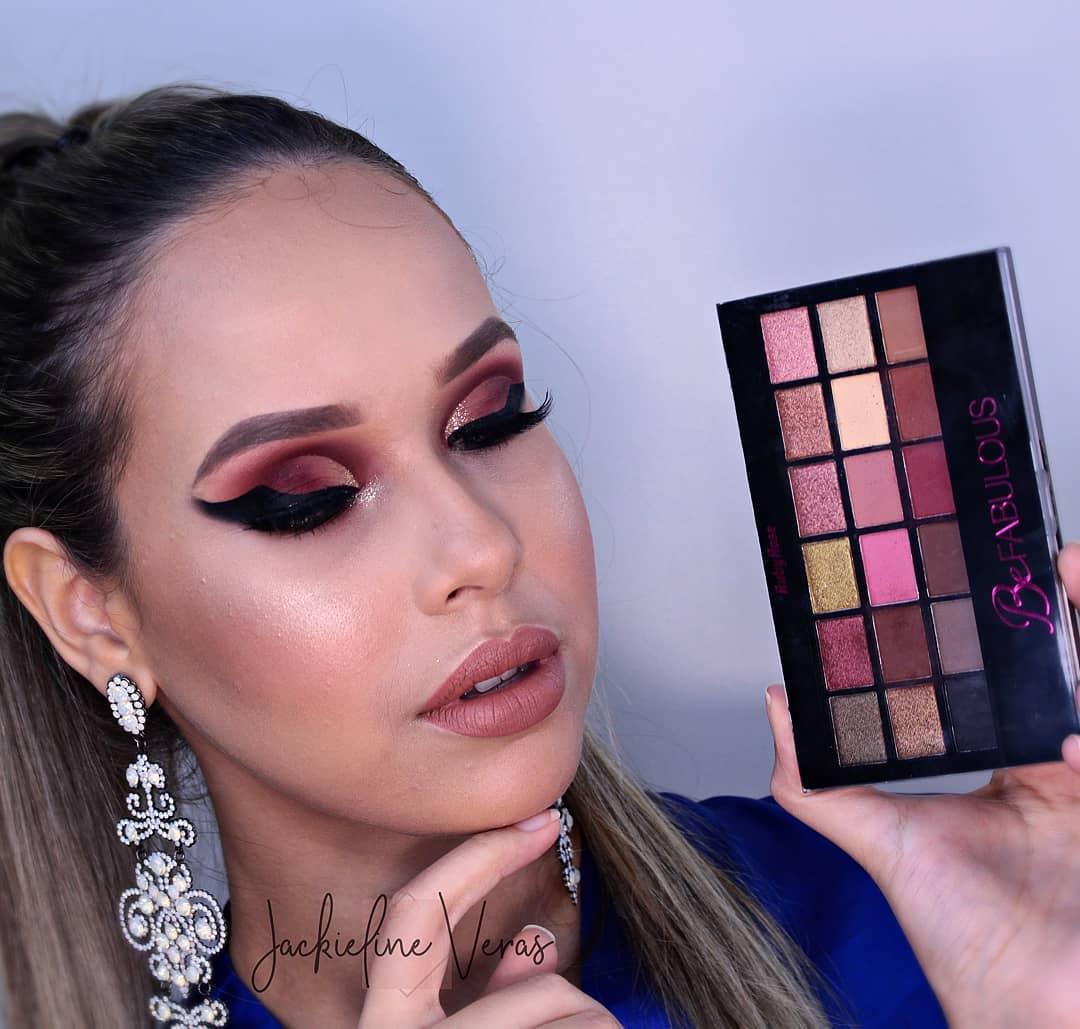 Maquiagem com Paleta de Sombra Be Fabulous Ruby Rose
