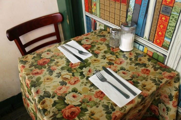 A Vintage Nerd, Retro Lifestyle Blog, Tea & Sympathy, New York Vintage Guide, Vintage Blog