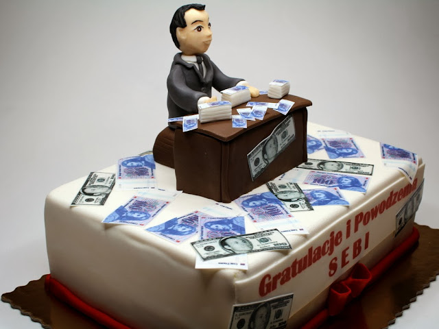 Birthday Cake for Bank Officer in London
