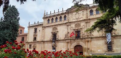 Universidad cisneriana con alcaleando Alcalá