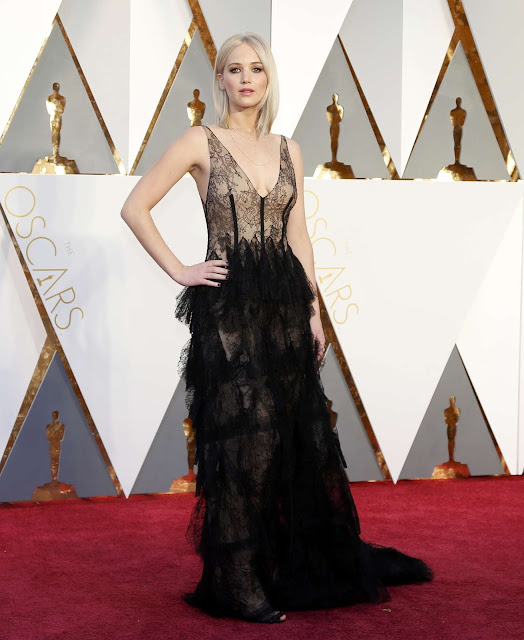 Jennifer Lawrence – 2016 Academy Awards in Hollywood