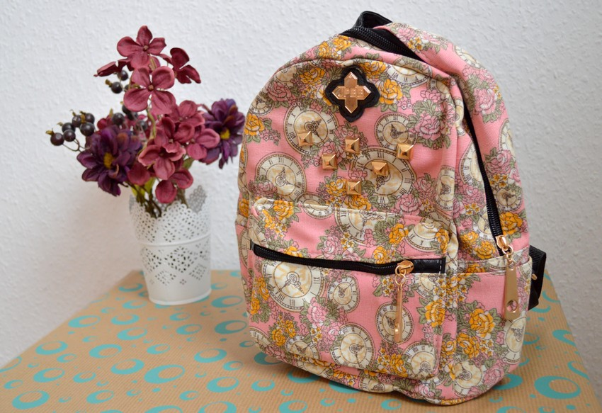 http://www.dresslink.com/women-ladies-girls-floral-mini-bookbag-travel-backpack-p-34646.htmlutm_source=blog&utm_medium=cpc&utm_campaign=Carly1410