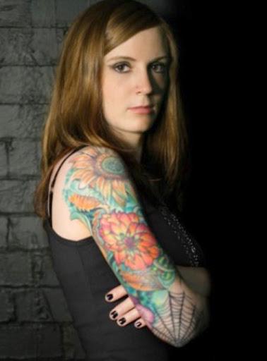 Colorido braço de tatuagem para menina