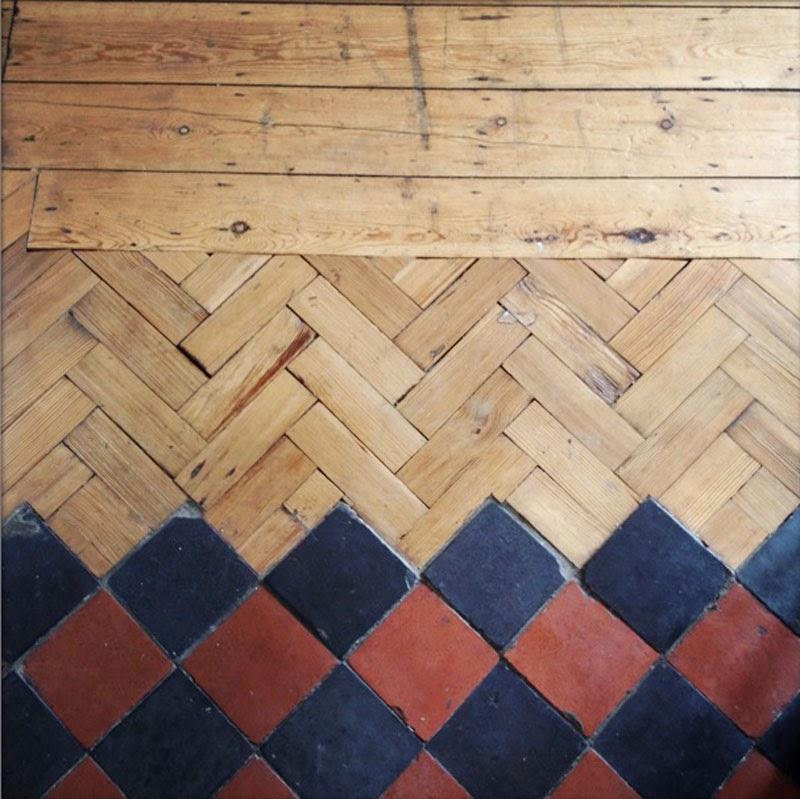 suelos de madera y baldosa