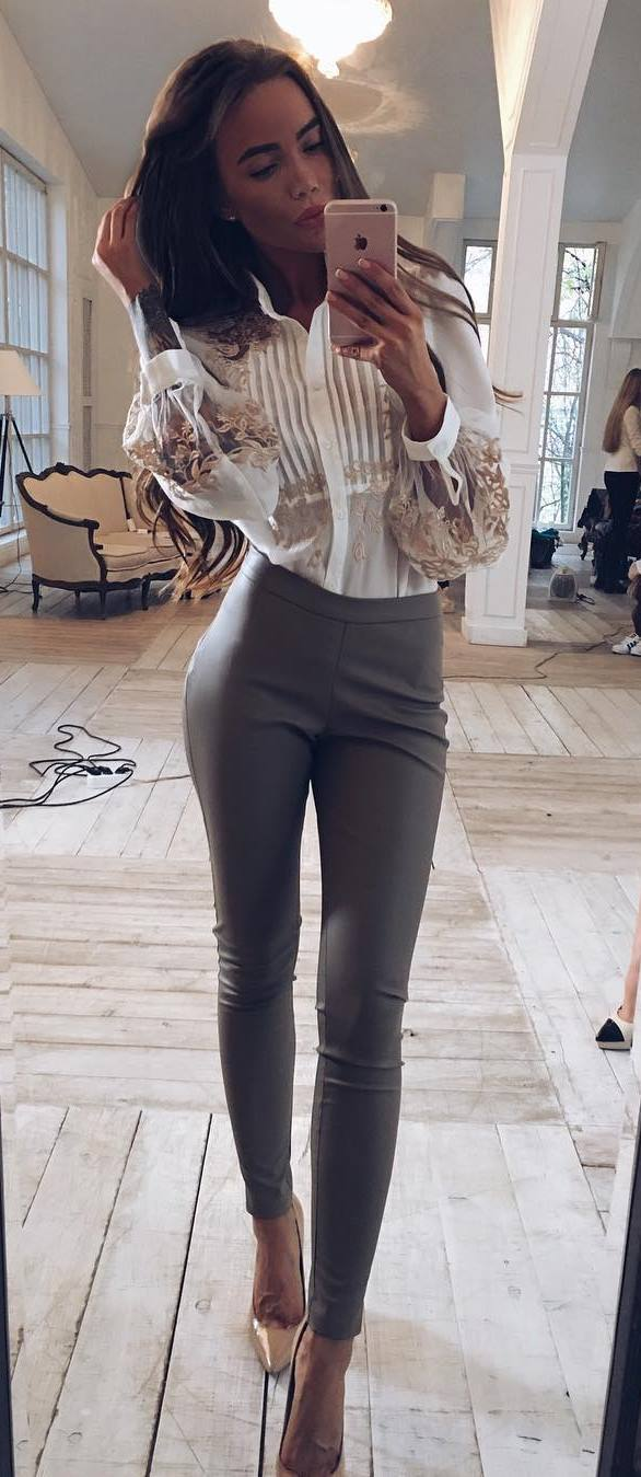 perfect office style outfit: blouse + pants