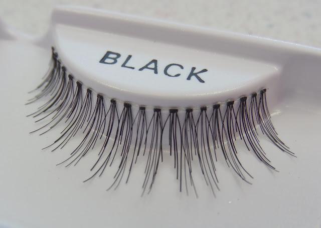 uneven length strip lashes