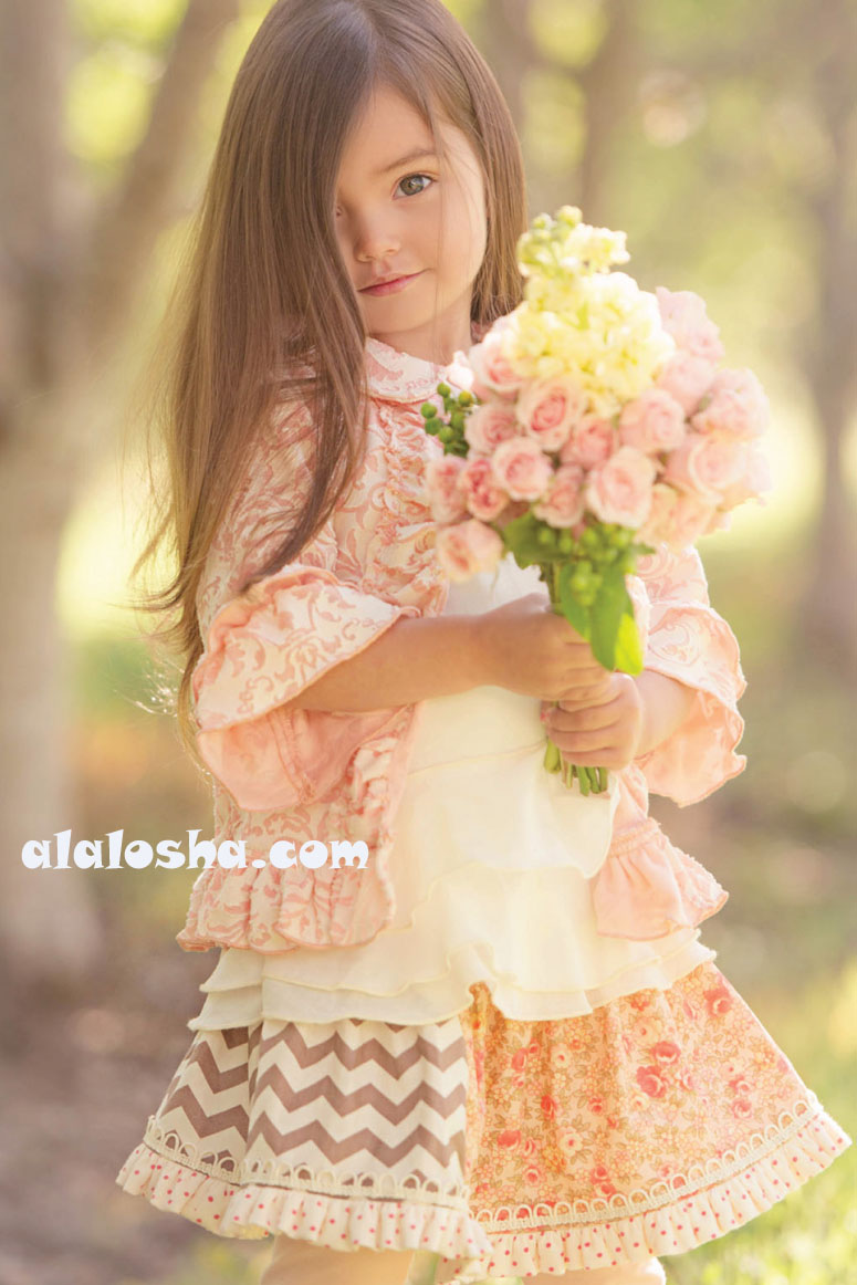 Alalosha Vogue Enfants Child Model Of The Day Lёlya: ALALOSHA: VOGUE ENFANTS: Persnickety Apple Blossom