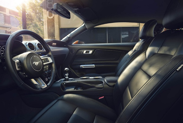Interior Ford Mustang 2018